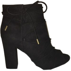 black faux suede opentoe booties 4in heel size 8.5